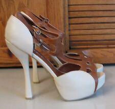 "Woman's SHOES Sz 10 Kiss & Tell 5.5 "" High Heel Cream & Tan SEXY Footwear LOOK"