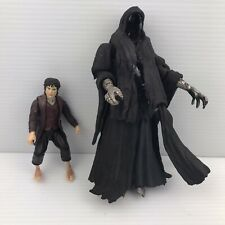 Vintage Lord of The Rings RINGWRAITH (With Sword) + FRODO Figure Toy Lot 2001