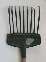 Country Prim tin metal wooden handle green rake leaf rustic farmhouse old Tool