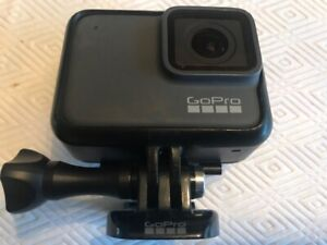 GoPro HERO7 4K Waterproof Action Camera Silver Case QuickClip Handler Charger Se