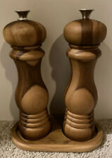 Le Creuset Teak Wood Salt & Pepper Mill Grinders With Tray - Free Shipping!