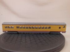 Ho Scale Con-Cor Union Pacific Smooth Side Standard Coach 5406 (2/2)