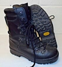 ECW BLACK LEATHER EXTREME COLD WET WEATHER GORE-TEX BOOTS - 8 M , British Army