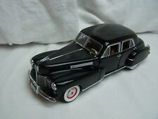 Danbury Mint 1941 Cadillac Fleetwood Series 60 special 1.24 Scale Diecast Model