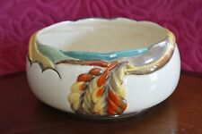 CLARICE CLIFF, NEWPORT POTTERY BOWL IN THE CHESTNUT PATTERN, WITH RAISED LEAF