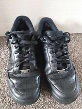 Nike Air Force 1 Negro Tamaño 7 para hombre