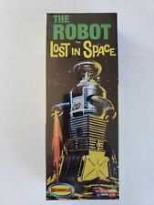 New listing Moebius Lost in Space The Robot Plastic Model Kit Factory Sealed 1/25 scale