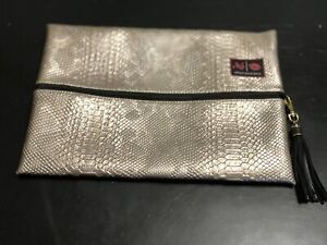 NEW NWOT MJ Makeup Junkie CHAMPAGNE GOLD Snake Skin Make Up Bag Cosmetic Large