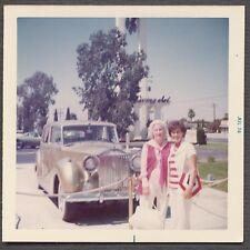 Vintage Car Color Photo Women w/ Gold 1940s Rolls Royce Universal Studios 658670