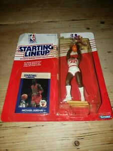 *Factory Sealed*  1988 STARTING LINEUP MICHAEL JORDAN with card 🔥