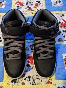 Nike SB Dunk Mid Grip tape Size 9
