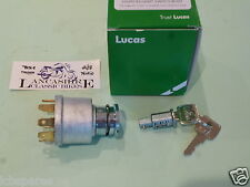 BSA  A65 TRIUMPH T120 TR6 T140 OIF LUCAS IGNITION SWITCH & KEYS LU30552 'NEW'