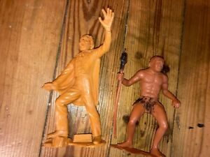 Lot of 2 1960s Marx figures: Universal Monsters Dracula meets a Cave Man!