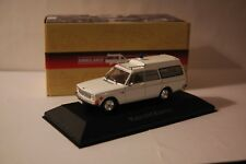 VOITURE VOLVO 145 EXPRESS AMBULANCE COLLECTION 1/43 IXO ATLAS