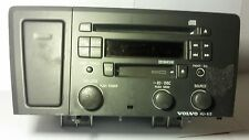 2001 VOLVO CROSS COUNTRY AM/FM RADIO CD RECEIVER PLAYER 8651153