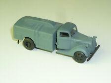 RK-Modelle 1:87 - 860616 WWII WH Ford G917T StFh Flugbenzintankwagen -  X450X