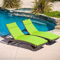 Set of 2 Outdoor Patio Furniture All-Weather Wicker Lounges w/ Green Cushions