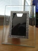 Beveled Glass 1.75 x 2.75 Photo Frame 5x4 Inch Tabletop Sequin Embellished EUC