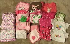 HUGE LOT! Carters Girls 0-3 months body suits, sleepers, Blankets, Towels, 18 Pc