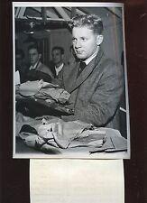 Original November 20 1950 Whitey Ford NY Yankees Rookie Pitcher 7 X 9 Wire Photo