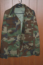 1990s Grunge Punk Camouflage US Army Jacket Size Large Regular With Patches