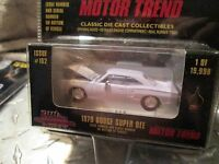 1970 dodge super bee white    Racing Champions mint   1:60 Scale