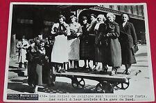 RARE PHOTO PARIS-SOIR 1936 REINES DE BEAUTE DE BELGIQUE A PARIS GARE DU NORD