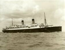 """PHOTOGRAPH OF WHITE STAR LINER """"HOMERIC"""" by BEKEN of COWES"""