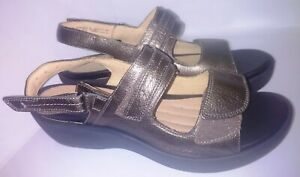 Clarks Unstructured Bronze Leather Adjustable Sandals Shoes Women's 10 W