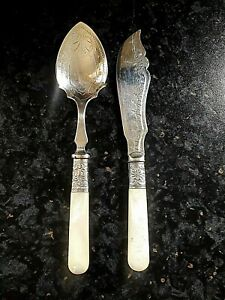 LOVELY SILVER PLATE EPNS MOTHER OF PEARL JAM SPOON AND KNIFE / SPREADER