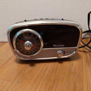 Mid-Century Modern Vintage Retro Westclox 80193 AM/FM Alarm Clock Radio WORKING