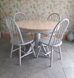 ROUND FARMHOUSE KITCHEN DINING TABLE AND 4 CHAIRS GREY