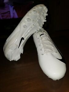 NIKE VAPOR SPEED LOW TD FOOTBALL CLEATS SIZE 10.5 WHITE BLACK 917166-100