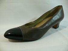 Women's Salvatore Ferragamo Shoe Size-9AAA Gorgeous Gray Classic Pumps $450 L24