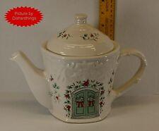 Pfaltzgraff WINTERBERRY Sculpted Cottage Teapot One Quart 7 Inch Tall MINT! USA!