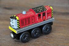THOMAS TANK TRAIN SET Wooden Railway Engine - Gold Dust SALTY - Excellent