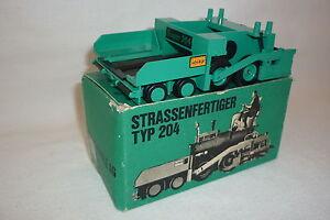 VÖGELE - METALLMODELL - STRASSENFERTIGER - TYP 204 - OVP