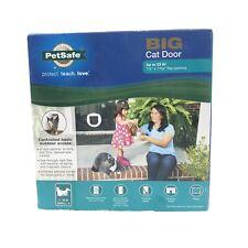 PetSafe Big Cat Small Dog Door 4-Way Locking White Ppa00-11326 1-25 lbs.