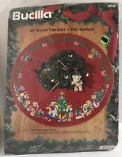 """Bucilla - Christmas Teddy Bears 43"""" Tree Skirt Felt Appliqué  Kit 1994 #83136"""