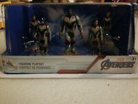NIP Disney Store Marvel Comics Avengers End Game Figurine Playset 5 figures