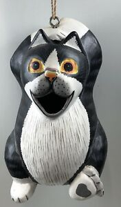 Gord-O Birdhouse Chillin' Black & White Cat Hand-carved & Painted  SE3880195