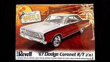 Model Kit 1967 Dodge Coronet R/T 2n1 Kit Revell 1:25