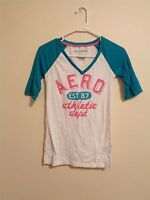 Aeropostale Women's S White Green Cotton Blend 3/4 Sleeve V-Neck Graphic Shirt