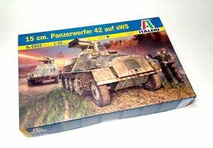 ITALERI Military Model 1/35 15 cm. Pzwferwerfer 42 auf sWS 6562 T6562