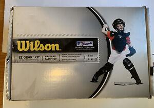 NEW Wilson EZ Gear Baseball Catcher's Kit Size L-XL (Age7-12). Black