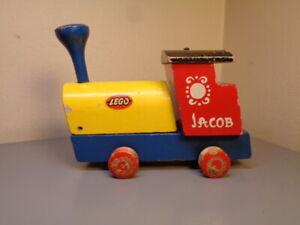 LEGO DENMARK VINTAGE 1950'S WOOD JACOB LOCOMOTIVE ULTRA RARE ITEM VERY GOOD