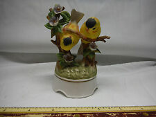 Towle Porcelain Miniature Playful Yellow Fiches Music Box