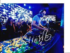 DJ TIESTO SIGNED IN CONCERT 8X10
