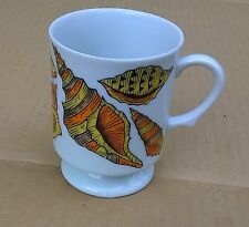 Limpit Conch Welks Bold & Colorfull Seashell Motif 9 oz Coffee Cup Mug Excellent