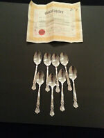Vintage Wm Rogers Mfg Co Silver Plate Flatware Magnolia 1951 8 tablesp COA